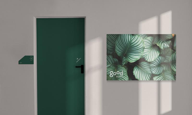 decorare un ufficio con plexiglass