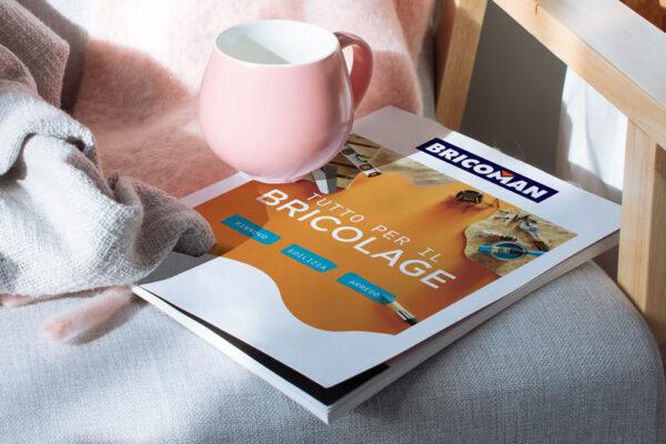 brochure personalizzata con rilegatura